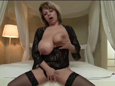 Blonde BBW-Milf with Huge-Boobs in hot Fucking