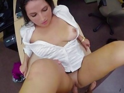 Beautiful babe screwed in the backroom